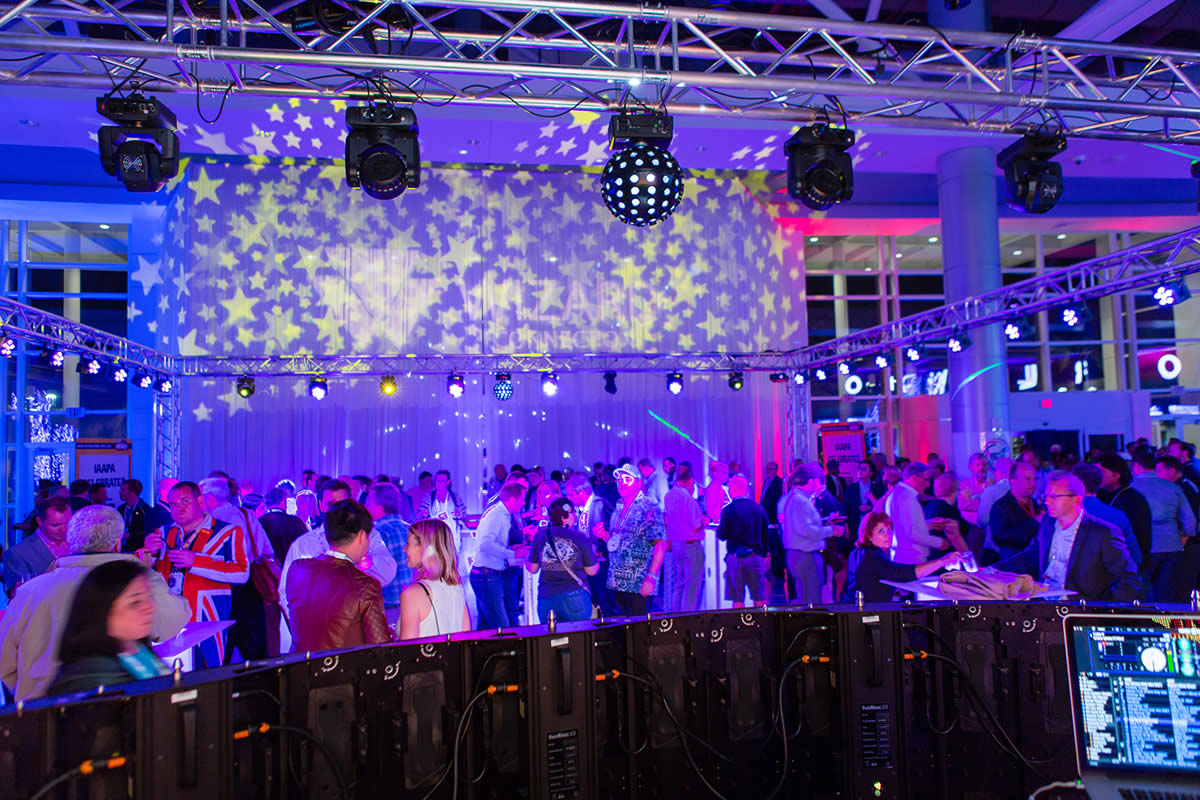 Arranging Lightings for your Wedding